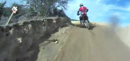 dirt-bike-pileup